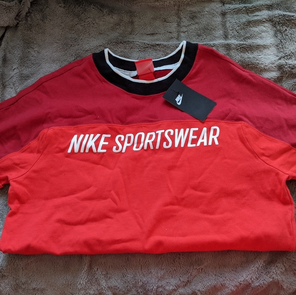 Nike Red T-shirt | Small Women's | BNWT